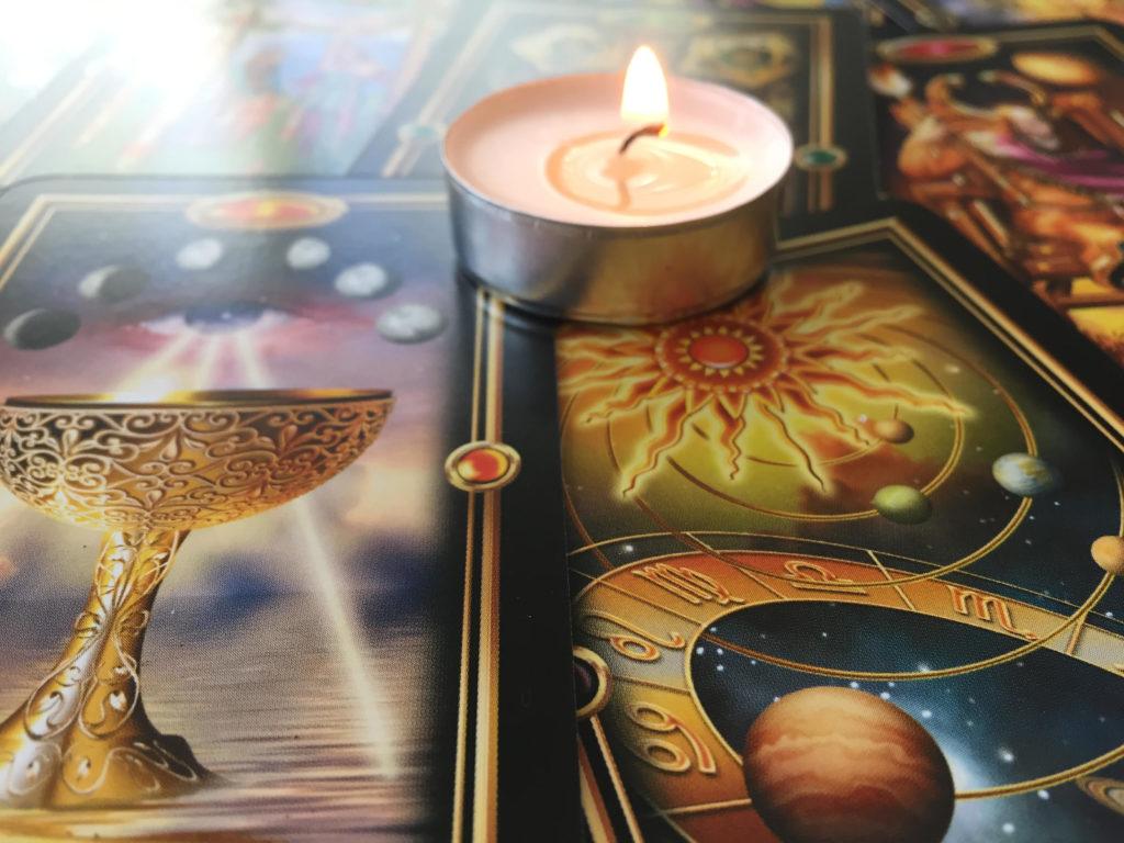 Readings by Lorri image of Tarot card spread